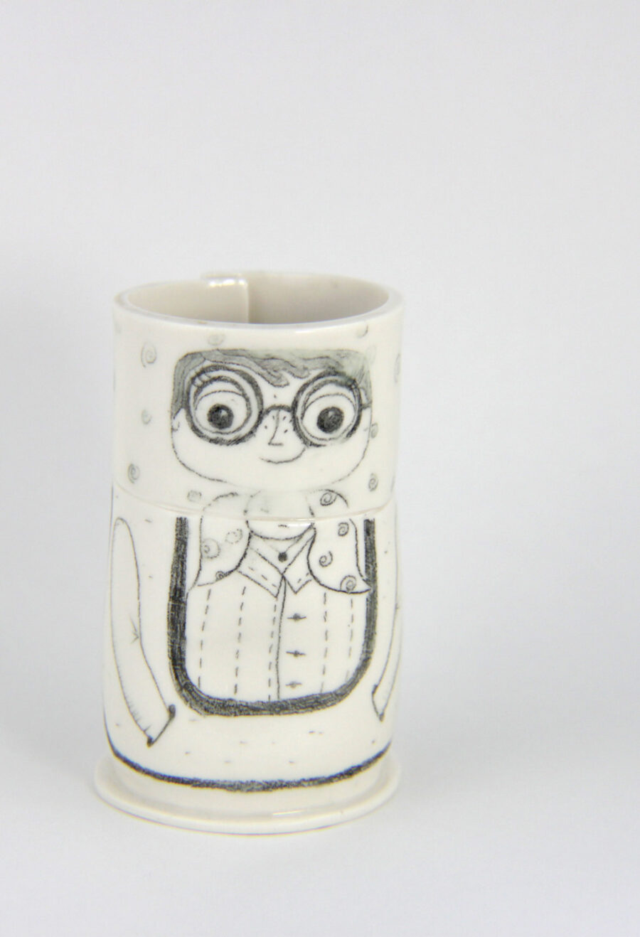 porzellanbecher-matrjoschka-brille-my-deer-illustrated-ceramics
