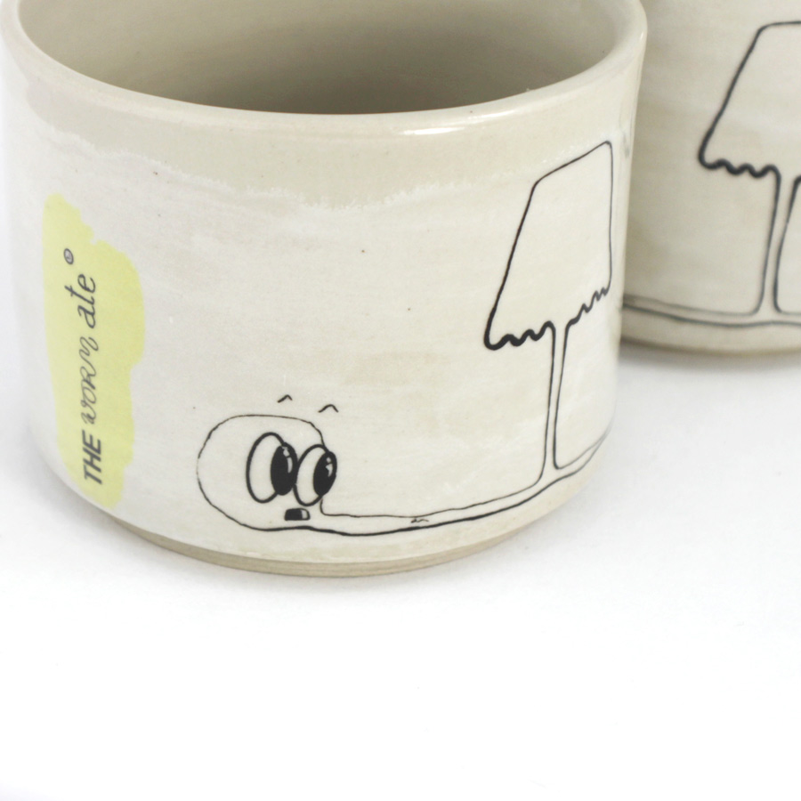 becherset-the-worm-ate-nummer-4-lampe_3 my deer illustrated ceramics