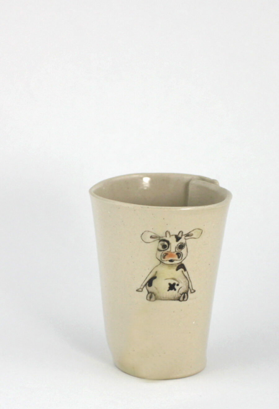 kaffeebecher mit kuh am viehtheater my deer illustrated ceramics
