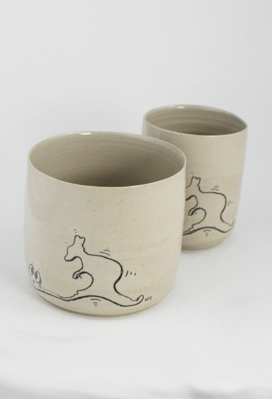 kaffeebecher set the-worm-ate-nummer-2-känguru-my deer illustrated ceramics