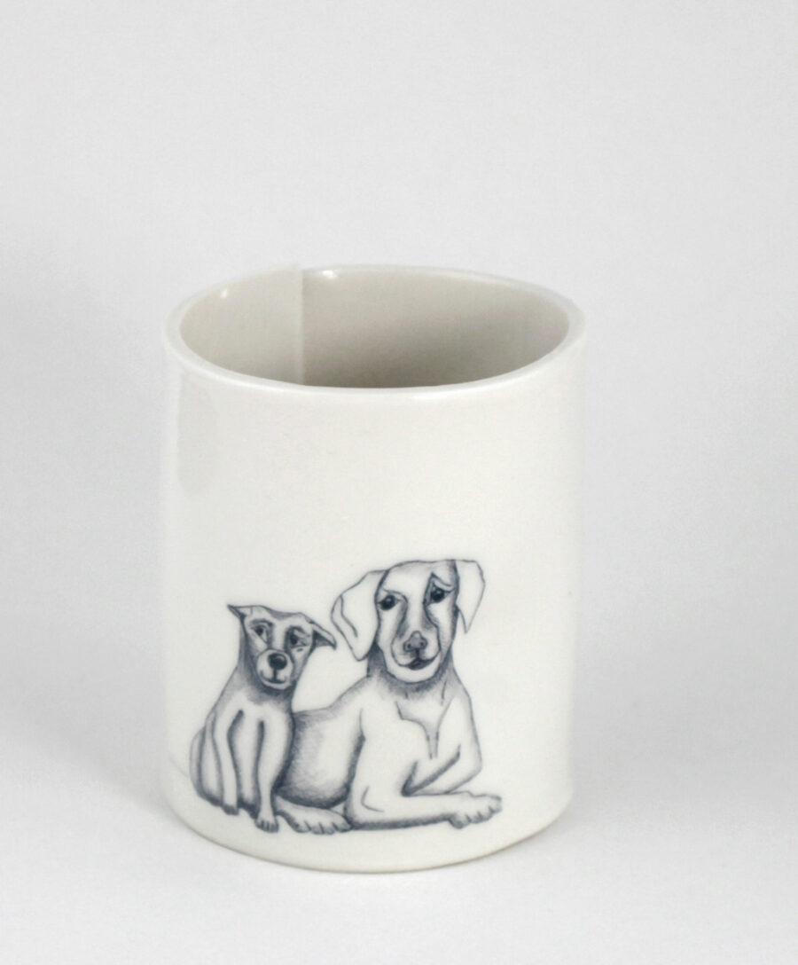 porzellan-becher-hund-dog-illustration-am-viehtheater-my_deer-illustrated-ceramics