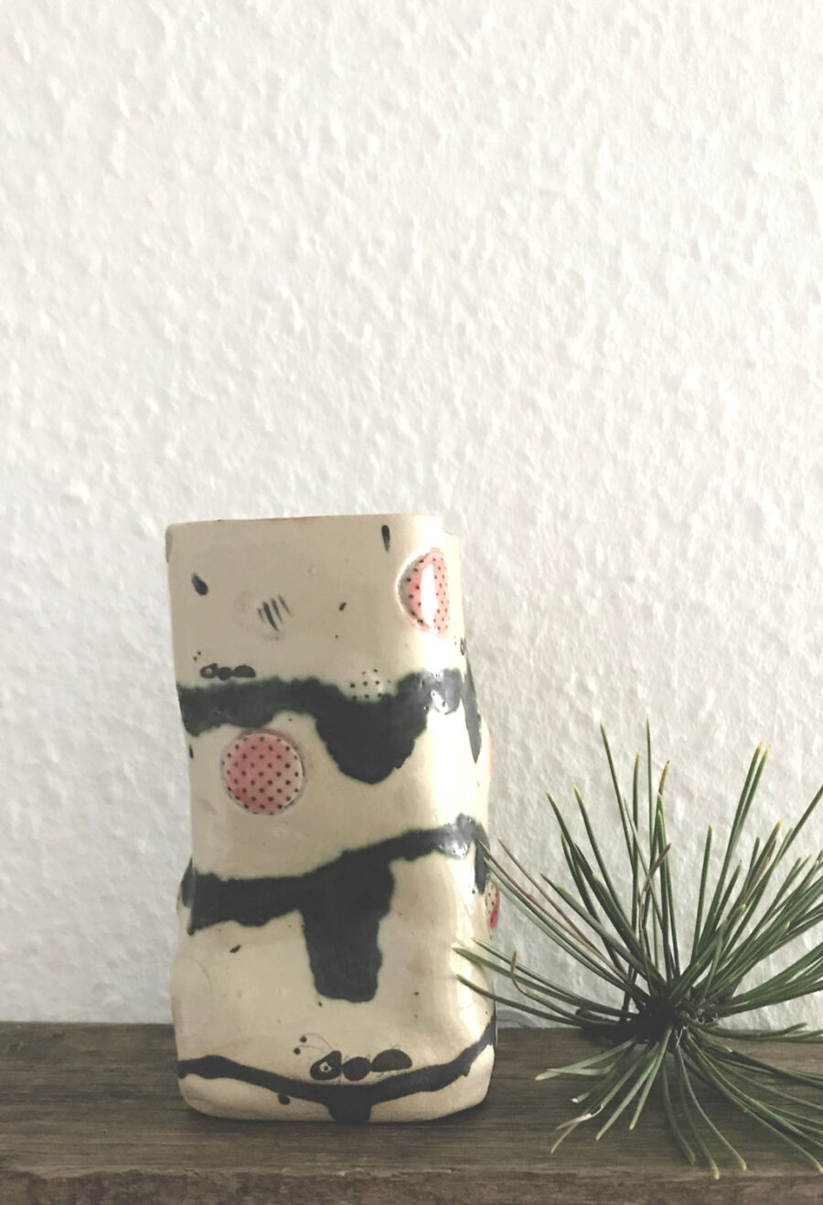 vase-ameisenstraße-my-deer-illustrated-ceramics